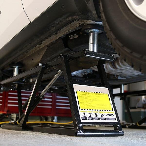 Accessoire pont l vateur de paddock 5 alexyne sarl for Garage pneu bourgoin jallieu